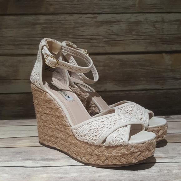 6a114be79de Steve Madden Marrvil Natural Wedge Sandals
